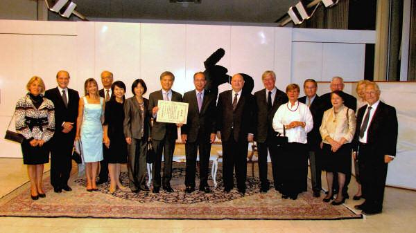 2011年度 外務大臣表彰 受賞 山田裕隆氏(昭57大経)